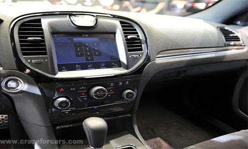 Chrysler_300-3.jpg-Image3