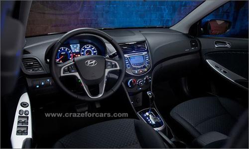 Hyundai_Accent_-2.jpg-Image2