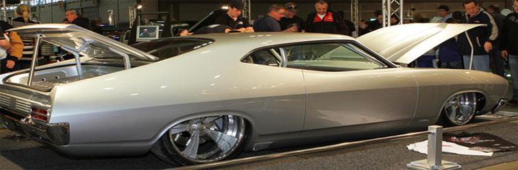 australian-falcon-show-car