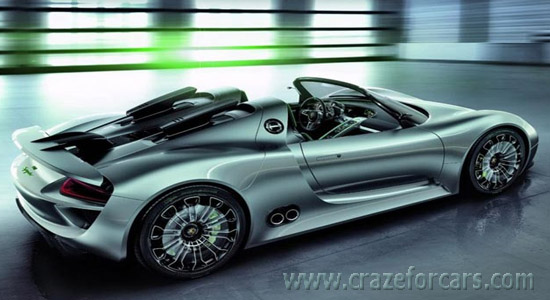 Porsche-918-Spyder-side-view