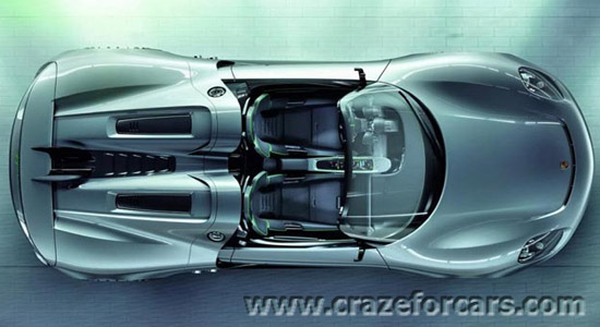 Porsche-918-Spyder-upper-view