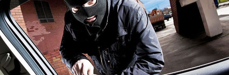 How to avoid the risk of car theft / hijack