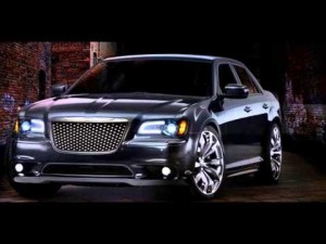2015-Chrysler-300C-SRT