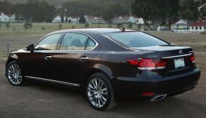 2015-Lexus-LS-600h