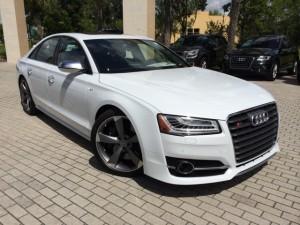 Audi-S8-2015