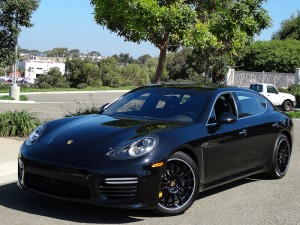 Porsche-panamera-Turbo-S-Executive-2015