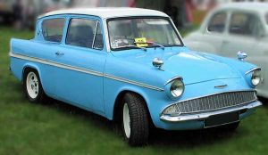 ford-anglia from harry potter